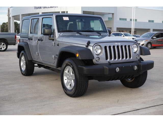 Pre-Owned 2017 Jeep Wrangler Unlimited Sport HARDTOP