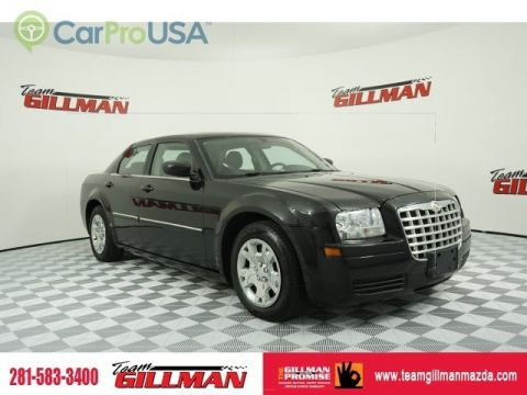Pre-Owned 2007 Chrysler 300 AUTO